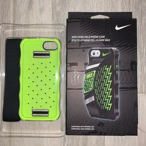 🔐 NIKE HAND-HELD iPHONE 5 / 5S CELL PHONE CASE
